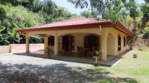 Incredible Deal For A Move In Ready House In Platanillo