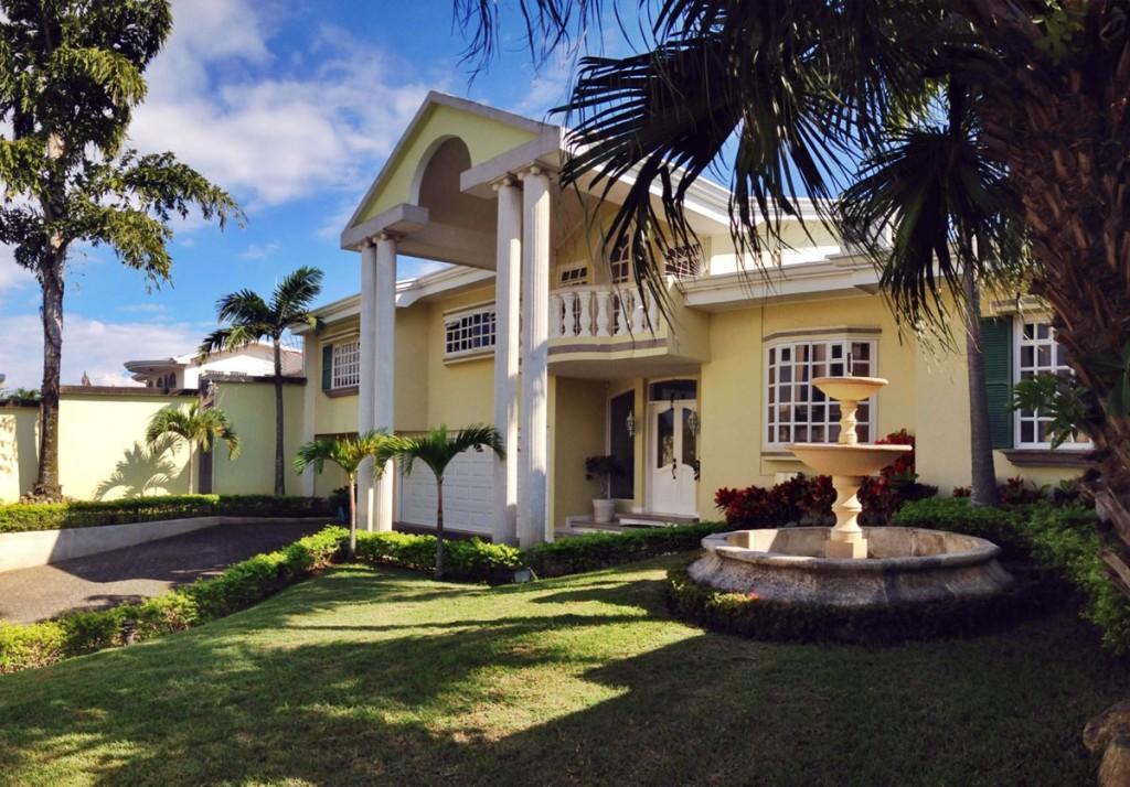 luxury san jose home with pool in guachipelin de escazu. Black Bedroom Furniture Sets. Home Design Ideas