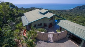 High Quality Home With Ocean View Close To A Large Waterfall