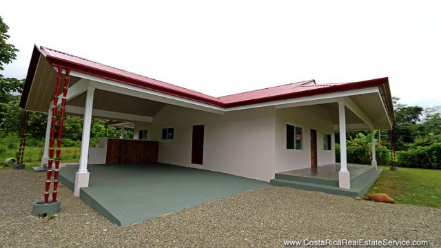 Affordable Home In Uvita