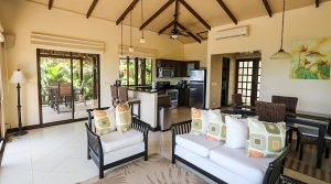 Townhouse Close To Dominicalito Beach Inside Canto Del Mar