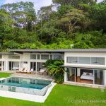 Income producing vacation rental in Dominical