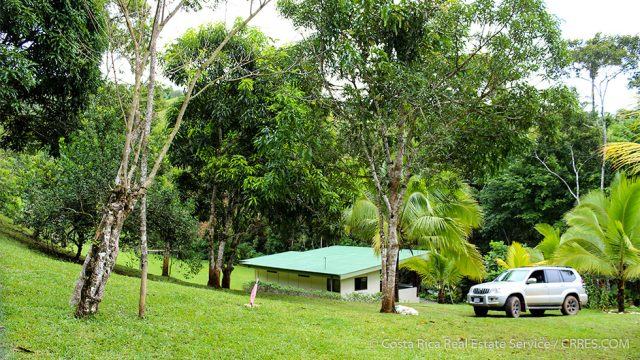 Mountain Getaway Retreat for Sale in Costa Rica