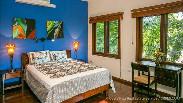 9 Rental Bedrooms