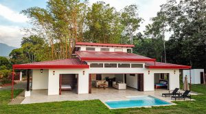 High Quality Home in Platanillo with Acreage Close to Popular Attractions