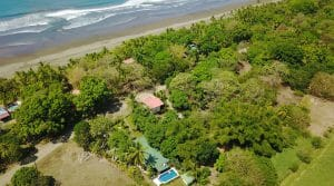4 Bedroom Home with Pool Walking Distance to Matapalo Beach