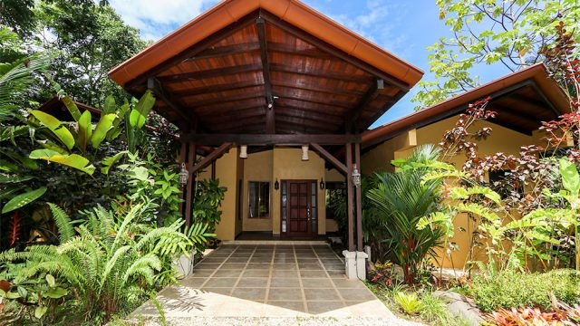 Home in Uvita with Vacation Rental Potential