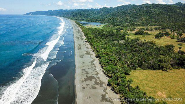 Finca Rio Oro at Playa Carate