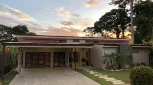 Walking Distance to the Beach Home in Uvita with Efficient Solar System