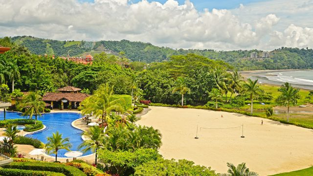 Los Sueños Beach Club with Pool