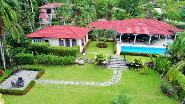 Private Estate in Ojochal