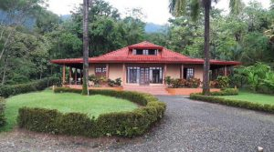 Charming Home with Gardens, Pool and Ocean View in Ojochal