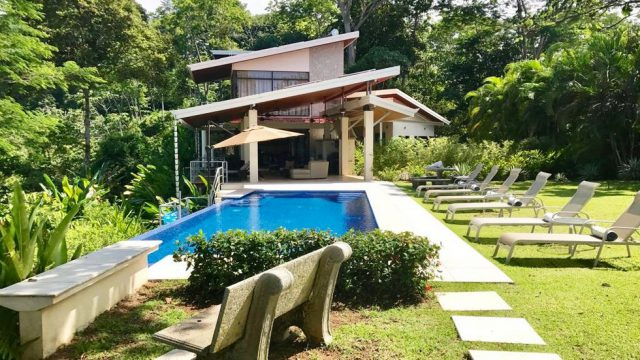 Luxury Home in Matapalo