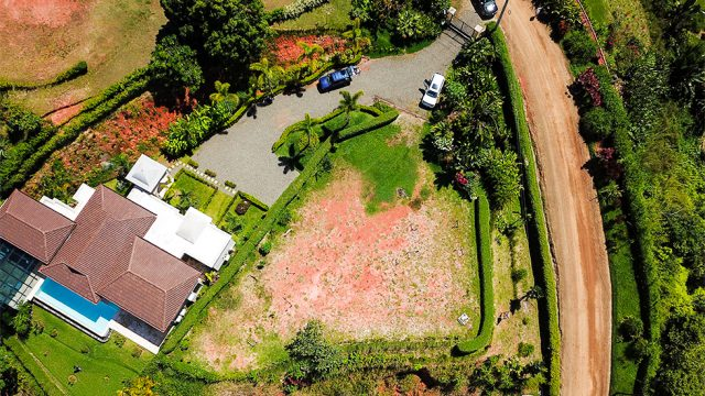 Neighboring Million Dollar Homes
