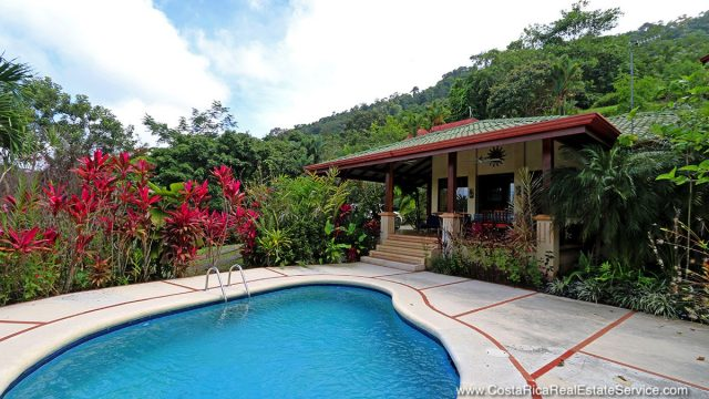 Home In Dominical