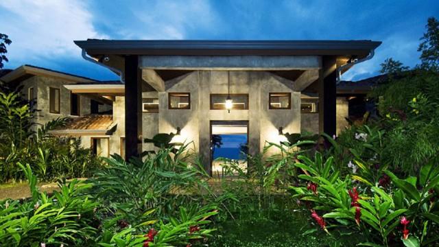 Ocean front luxury estate in Costa Rica