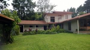 Large Country Style Hacienda in San Luis de Heredia