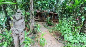Rainforest Cabina Hospitality Business Near Downtown Uvita