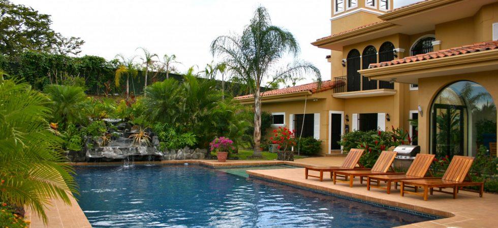 Luxury Home In Alajuela