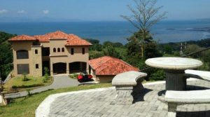 Luxury Home With Panoramic Ocean Views In Tarcoles Close To Jaco Beach