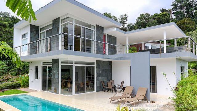 Modern Home in Uvita