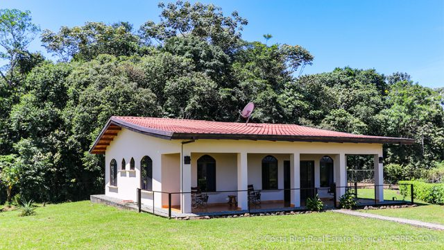 Home with Self Storage Business in San Isidro