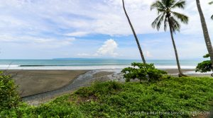 Beachfront Property in Pavones with Multiple Ocean View Building Areas