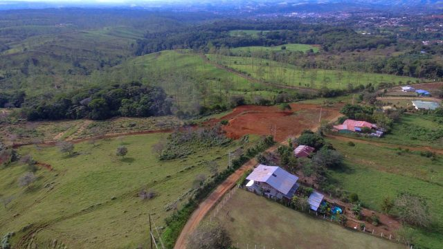 0.10 Acres in Countryside