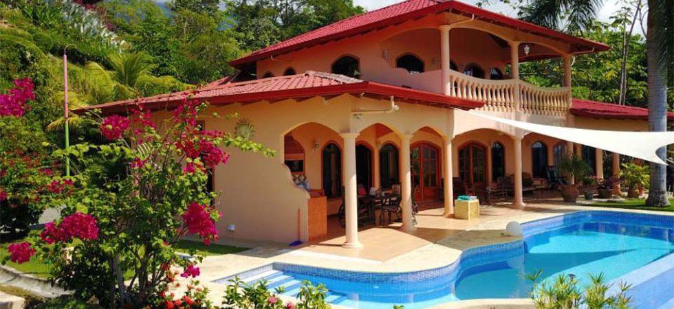 Luxury Home in Ojochal