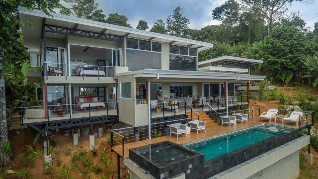 Luxury Villa Near Uvita