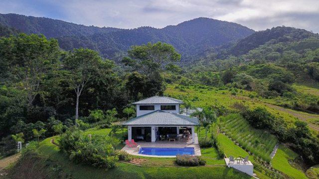 New Luxury Home in Ojochal