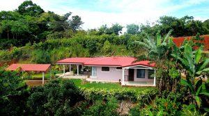Quaint Home with Organic Hobby Farm in San Rafael de Platanares