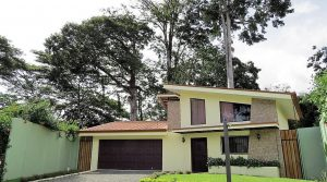 Comfortable Home Within Walking Distance to Uvita Beaches