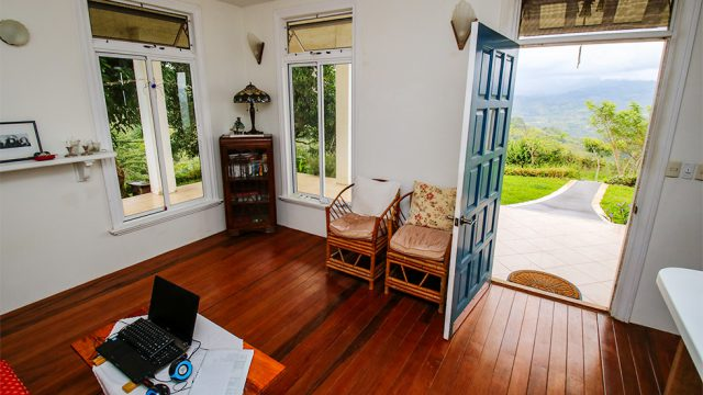 Selling Furnished