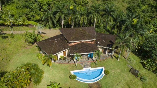 Jungle Home in Matapalo