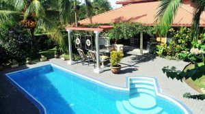 Tropical Home in Ojochal with Private Pool, Fenced Yard and Easy Access