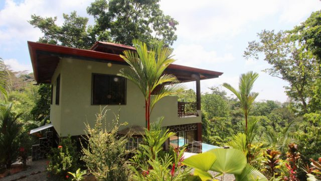 Home with Great Location in Uvita