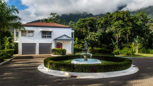 3 Bed/2 Bath Guest House