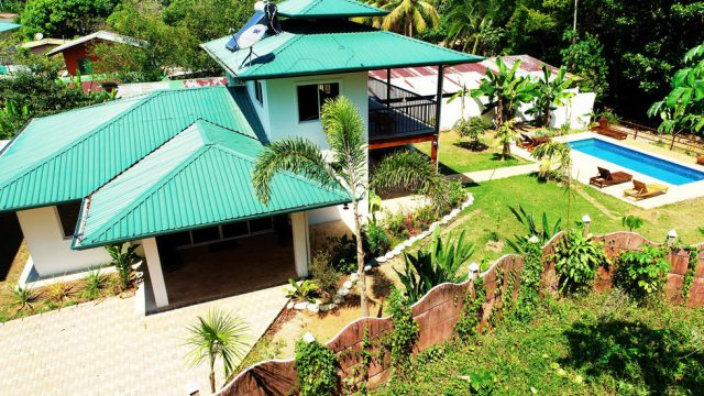 4 Bedroom Home Uvita