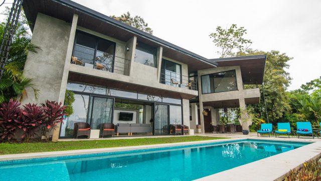 Luxury Home in Hatillo