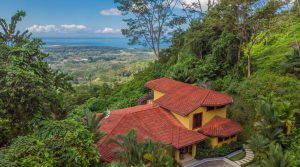 Immaculate Home in Uvita with Panoramic Whale Tail Ocean View