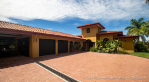 Turnkey Ocean View Luxury Home with Guest House in Uvita