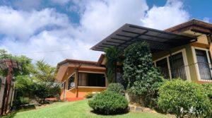 Delightful Family Home in Quiet Neighborhood in San Isidro