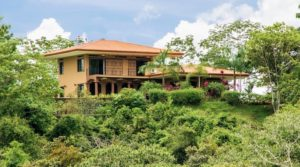 Family Home with Mountain Views in Manuel Antonio