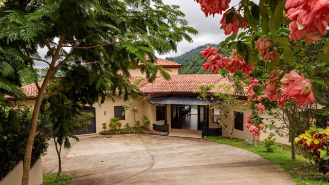 Luxury Estate in Costa Rica