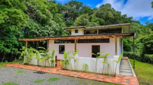 Boutique Jungle Home in the Hills Above Playa Dominical