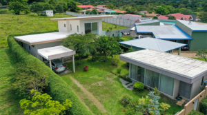 Sleek Home with Lucious Tropical Garden in Suburb of San Isidro